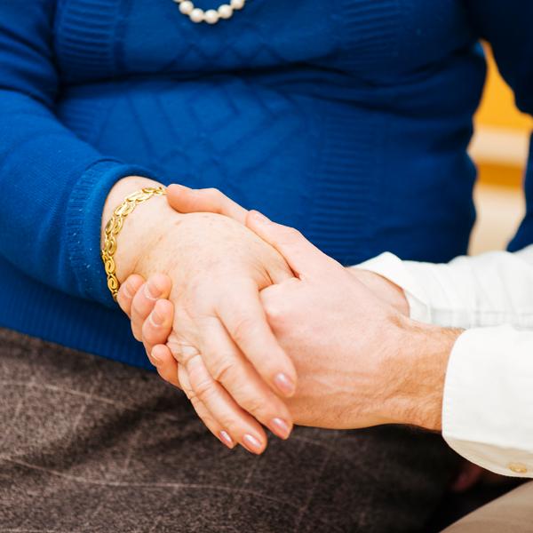 La quiropráctica en personas mayores
