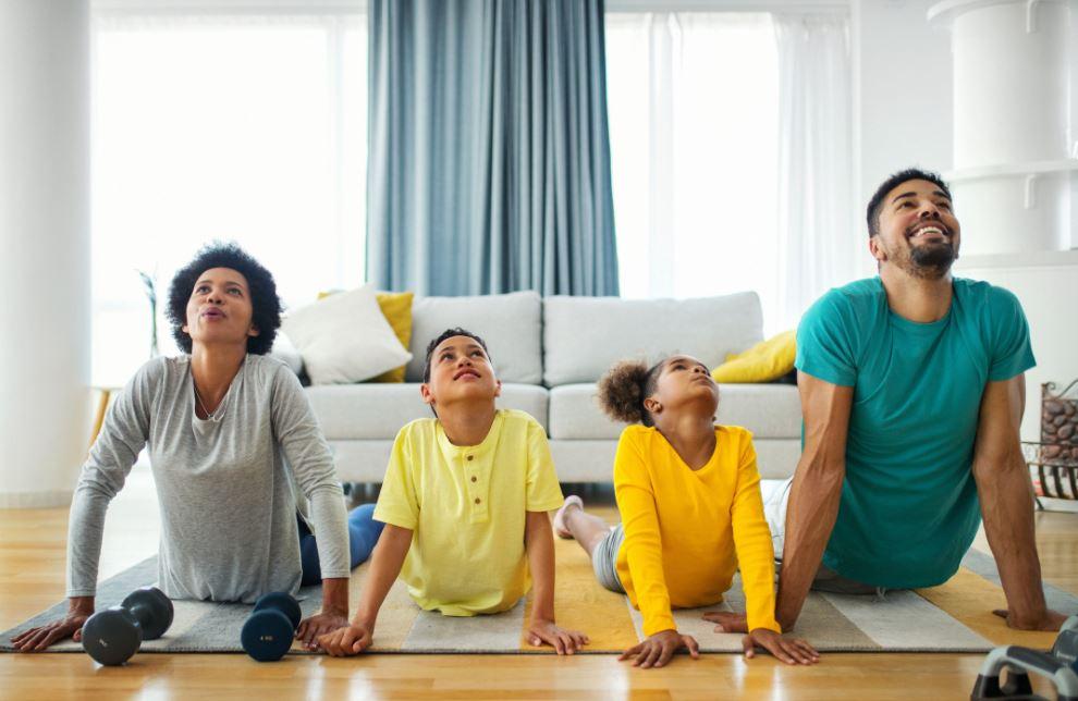 beneficios del yoga y de la quiropráctica