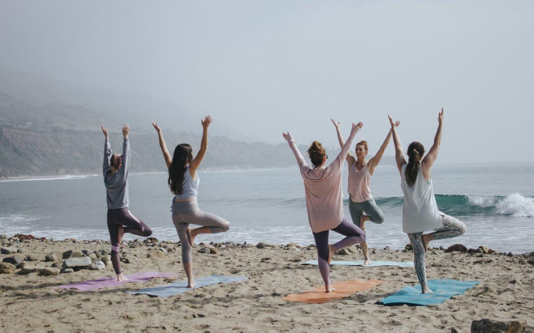 ¿Cómo nos beneficia la práctica de yoga en combinación con la Quiropráctica ?