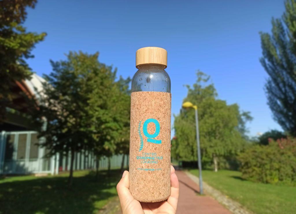 botella de agua centro quiropráctico